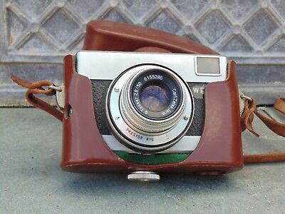Vintage Werra 1, 35 mm film camera with leather case/ Carl Zeiss Jena lens