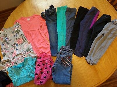 Size 2T / 24 Months Toddler Girl's Fall Winter Clothing 17 Piece Lot