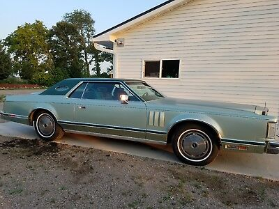 1977 Lincoln Mark Series  1977 Lincoln Mark V
