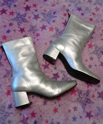 Vintage 70s Shiny Metallic Silver Grey Leather Boots Retro Womens Sz 7.5M NICE!
