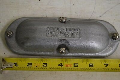 "Qty 1 Eaton Crouse-Hinds 580F  Malleable Iron 1-1/2"" Cover Conduit Body Form 8"