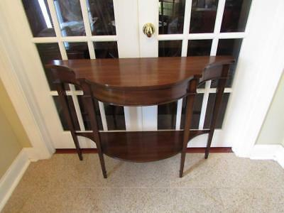 1- Kittinger Mahogany Console Table  VERY NICE- SHIPPING IS NOT FREE