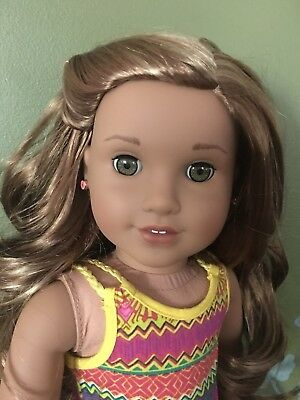American Girl Doll~Girl Of The Year~Lea Clark In New Condition