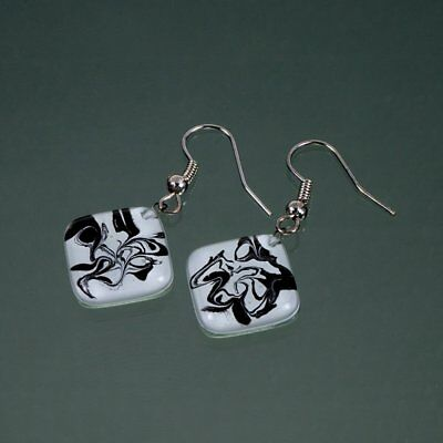 "Beautiful Unique Hand Made Waga Glass Jewellery Black And White Earring ""Roma"""