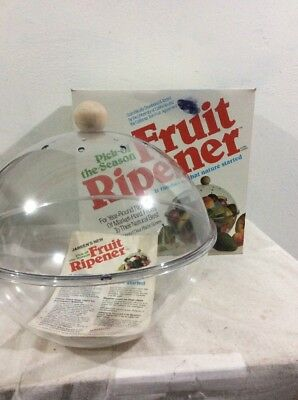 Vtg 1980's California Summer Fruit Ripening Bowl Plastic Wood Handle Ripener USA