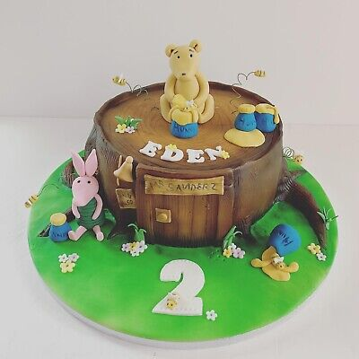 Winnie the Pooh Character cake topper sets. Classic collection