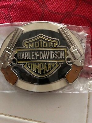Belt Buckle 2 Six Shooters New In Wrap! Biker Enthusiasts!! Men Or Woman!! Sharp