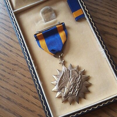 WWII Numbered Wrap Brooch Air Medal in Early Untitled Case
