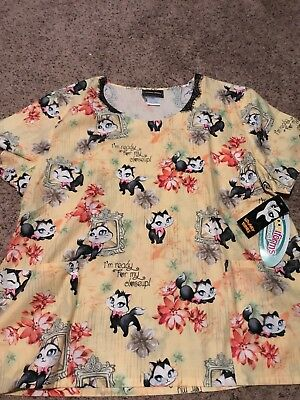 brand new with tags looney toon scrub top