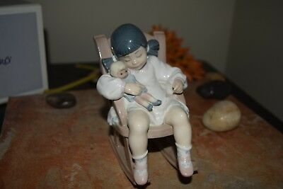 LLADRO NAPTIME. Beautiful Spanish figurine perfect condition. 5448. Original Box