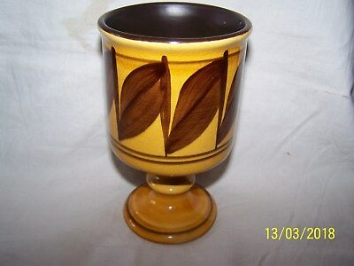 Honiton Goblet ~Mustard with brown leaves ~ CC6 ~ 14cms
