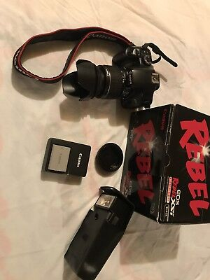 Canon EOS Digital Rebel XSi / EOS 450D 12.2MP Digital SLR Camera - Black (Kit w/