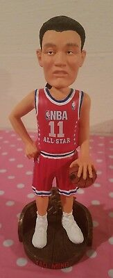 6082d5bcfe4bc YAO MING HOUSTON Rockets Bobblehead Forever Collectibles NIB Legend ...