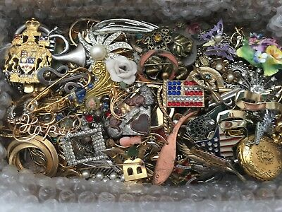 Large Lot of 50+ Vintage & Modern Pins Brooches-Costume Jewelry