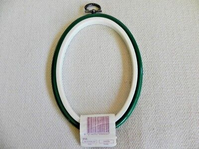 Oval Embroidery Hoop Frame - Green