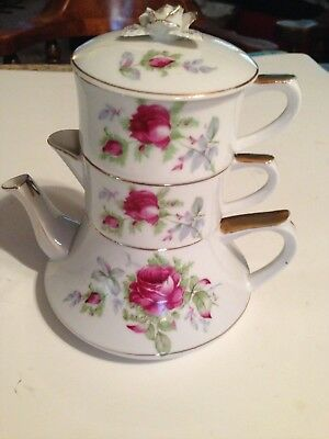 Stacking Teapot / 3pcs.-- Pot, Creamer & Sugar Bowl