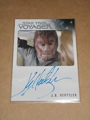 Star Trek Quotable Voyager J.G. Hertzler as Hirogen Fighter autograph MINT