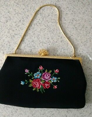 Vintage gold-plated  black embroidered roses evening purse small hand bag