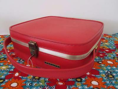 Vintage RED Makeup Travel Luggage Storage Beauty CASE With Key