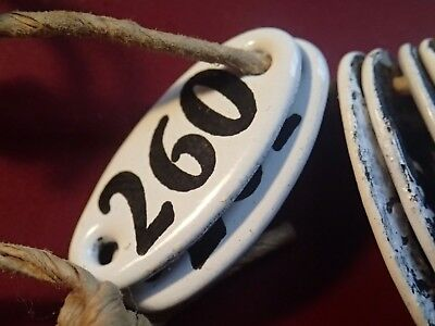 Nr. 260 - 300 Lot of 41 ANTIQUE ORIGINAL SMALL ENAMEL METAL NUMBERS SIGNS UNUSED