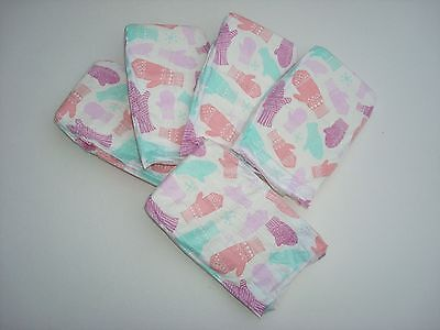 The Honest Company Mitten's Print Diapers, New Born N - 10 Pounds, Set Of 5