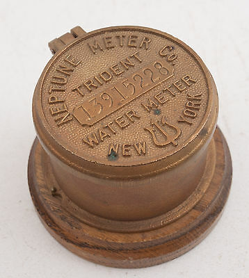 Trident Brass Water Meter Box Cover Nepture Co New York Wood Base (E5L)Steampunk