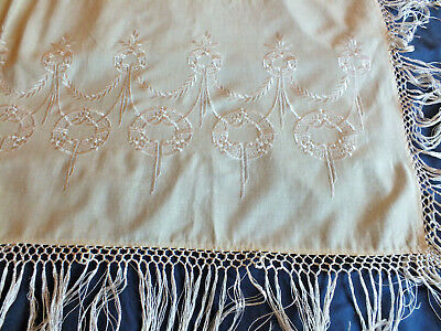 Antique Edwardian embroidered shawl wrap cover Cream & white Early 20th Century