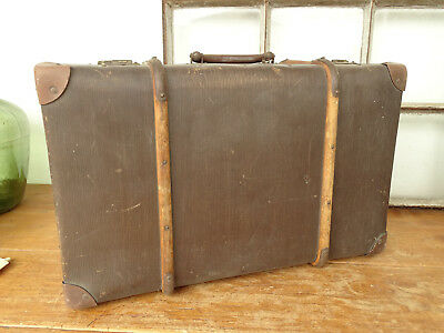 S0116 Old Travel Suitcase um 1930 ~Vintage~ Classic Car with Wooden Strips