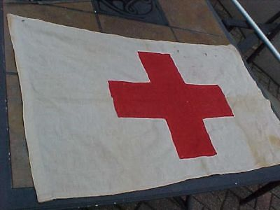 ORIGINAL WWI or WWII US MEDICAL AID STATION FLAG