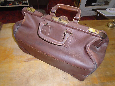VINTAGE early 1900's Large Truss-T doctor's medical bag leather Non-Collapsible