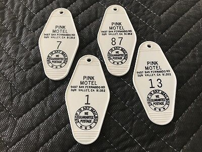 4x Animal Chin Pink Motel Key Fob Old School Skateboard Key Chain Powell Peralta