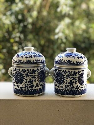 Blue and white lidded canisters ginger jars porcelain ceramic Chinese PAIR