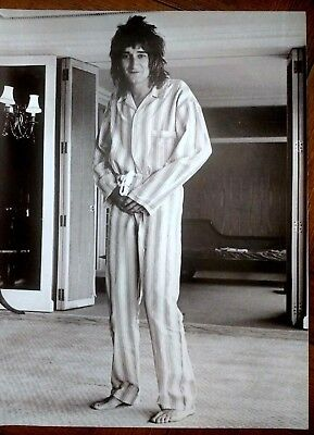 Rod Stewart - Black & White Picture / Poster - London 1975 - RARE