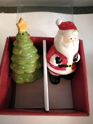 Nib Pfaltzgraff Collectibles Santa Christmas Tree Salt Pepper Shakers New