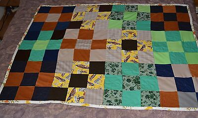 VTG Hand Sewn Handmade Quilt Square Pattern EUC Twin 49 X 65 HEAVY!