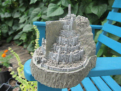 Lord Of The Rings Minas Tirith Castle Figurine Box Bookend