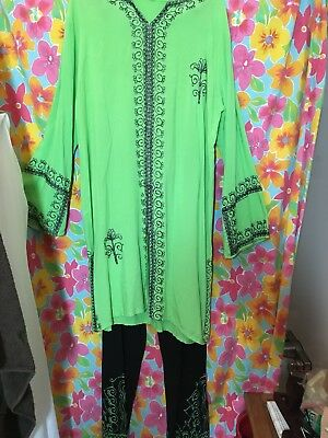 Vntg  2 Pc Pant Outfit India Soft Rayon Shift Top Green W Bk Pant~ Embroidered