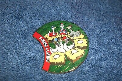 Disney WDW  2000 12 Days of Christmas Wreath 6 GEESE A LAYING GUS GOOSE LE Pin