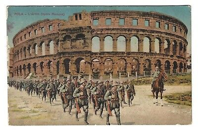 OLD VINTAGE POSTCARD SOLDIERS w/ RIFLES ROMAN COLOSSEUM ARENA STADIUM ROME ITALY