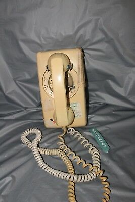 Vintage Beige Wall Mount Rotary Telephone Phone A/e 554 3-68 R769L