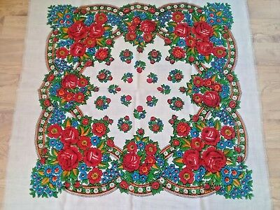 Vintage Russian Shawl with Roses Chale Russe Rissian Scarf Wool Fok Traditional