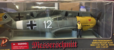 1 LARGE 1:18 21st Century Toys Ultimate Soldier German WWII Messerschmitt BOXED*