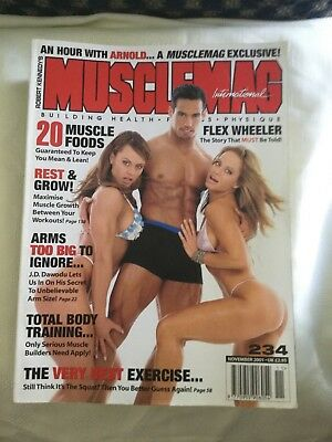 MUSCLEMAG INTERNATIONAL MAGAZINE - November 2001