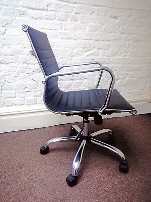 Charles Eames Style Office Chair