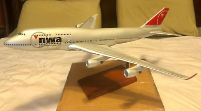 Executive model Mastercraft collection Northwest Airlines Boeing 747-400