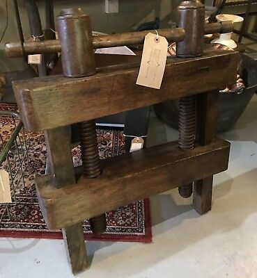 Wooden bookbinding Press. Book Fore Edge Painting Clamp.