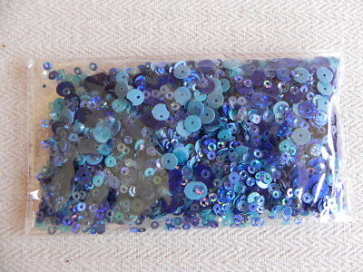 Pack mixed sizes - Blue Sequins - 30gms