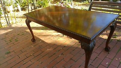 Beautiful Vintage Wooden Chippendale Ball & Claw Foot Dining Table