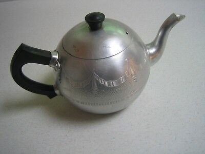 Vintage Swan Empire 4 Cup Teapot Plus