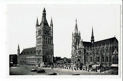 CPA-Carte postale-Belgique -Ieper - Grand Place Roi Albert S1718